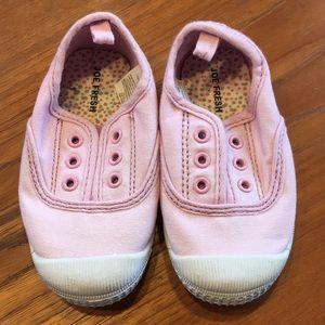 💕 4/$30 NWOT girls slip on sneakers